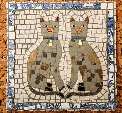 Aliyahgator Mosaic tiled twin Siamese cat design