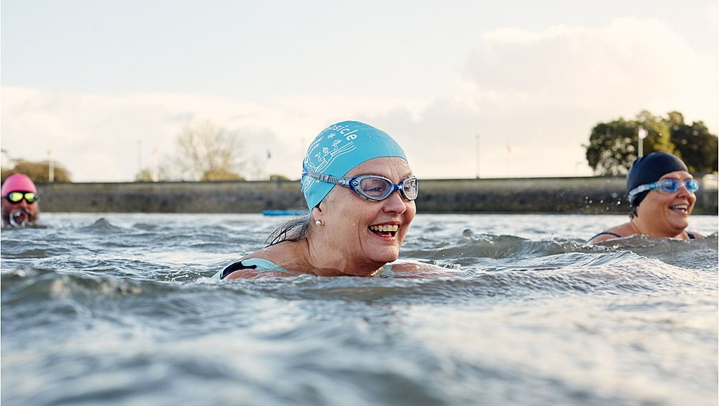 Outdoor swimming in Clevedon