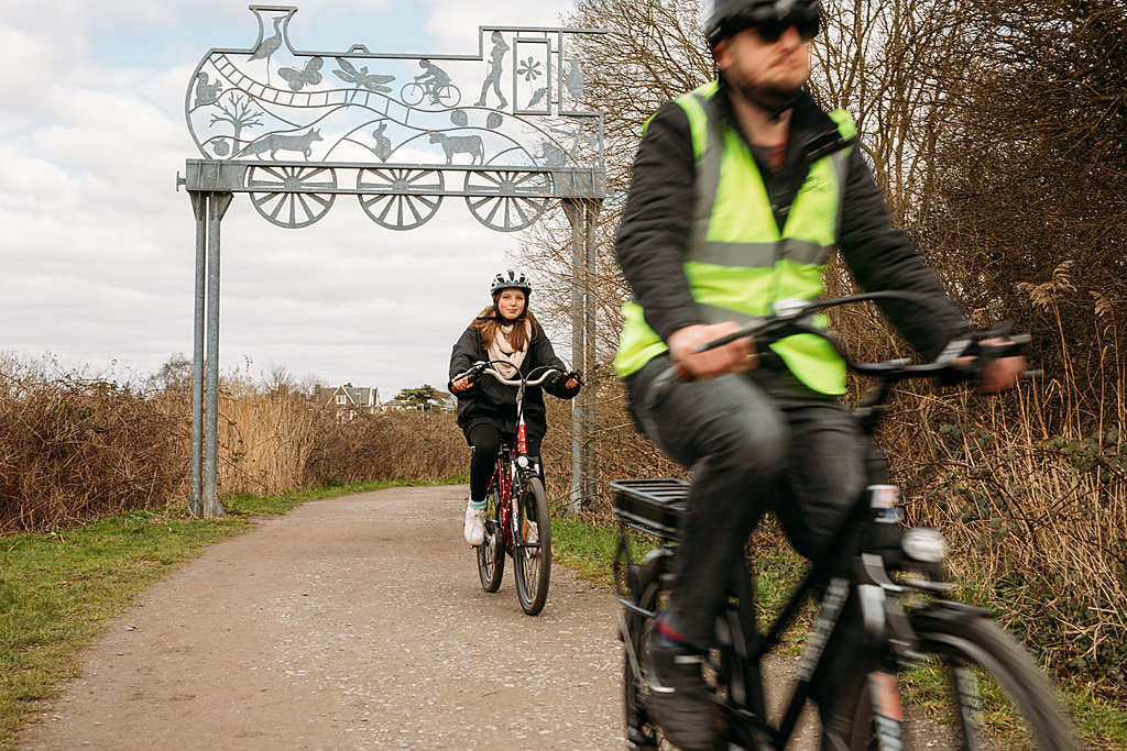Pedal boosted cycling along The Strawberry Line