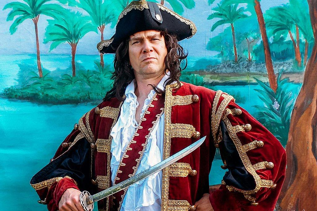 Pirate theatre for children