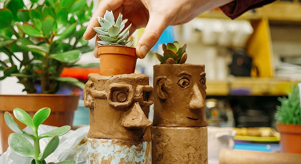 Pot Heads pottery party