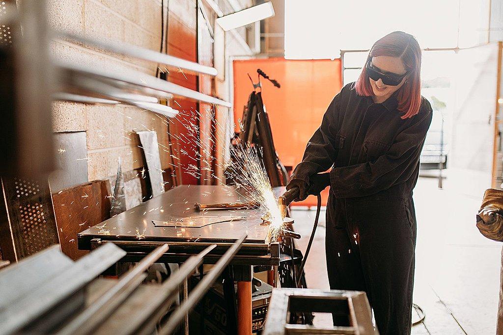 Metalworking workshop and alternative sculpture Bristol